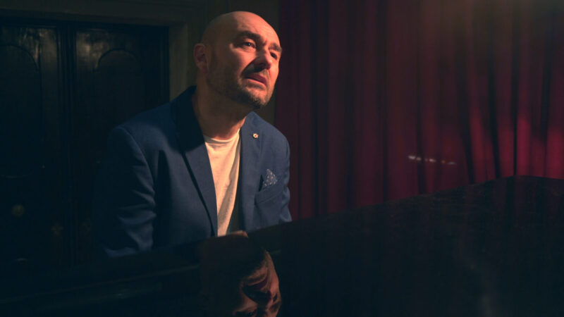 Conosciamo Nicola Albertini eccezionale artista, vita e curiosità partendo da Amami di più